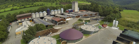 "Demonstration biogas plant ""Unterer Lindenhof"" (Photo: State Institute for Agricultural engineering and Bioenergy)"