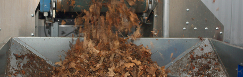 Foliage after drying in a feed-and-turn drier (Photo: Netz GmbH)